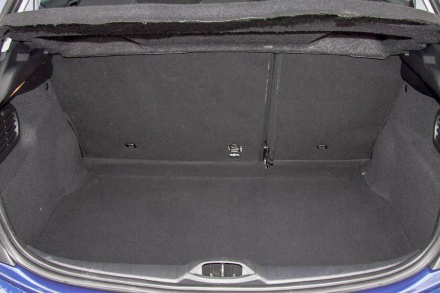 2015 MY16 Peugeot 208 MY16 Active Hatchback Image 20