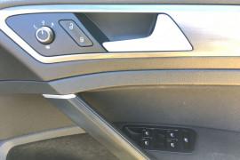 2013 Volkswagen Golf VII 90TSI Hatch Image 4