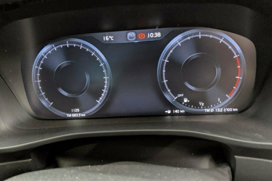2019 Volvo XC40 T5 R-Design (AWD) Suv Mobile Image 20
