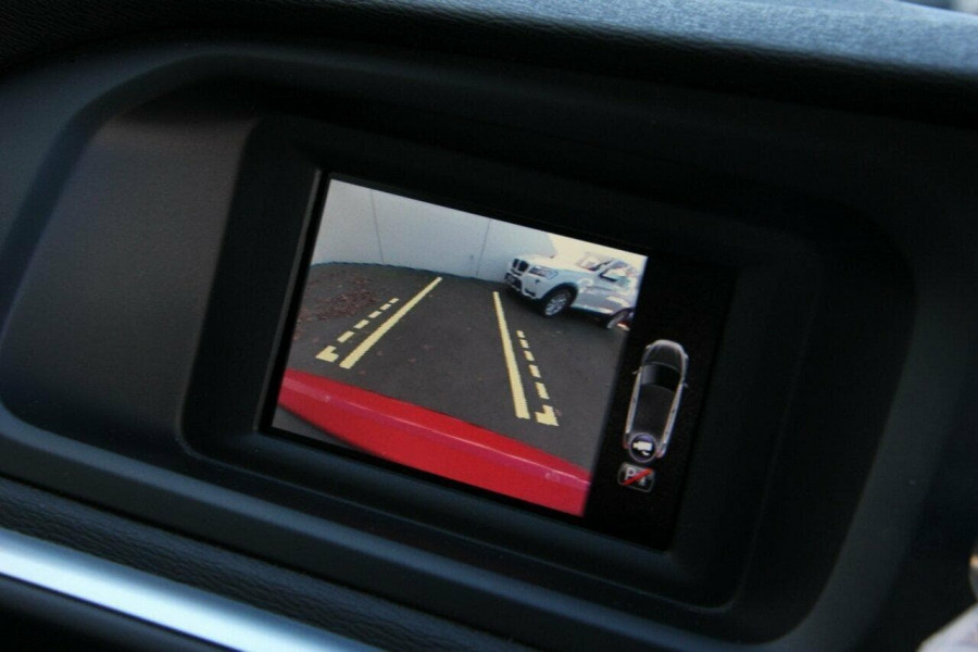 2014 MY15 Volvo V40 (No Series) MY15 T4 Kinetic Hatchback Mobile Image 12