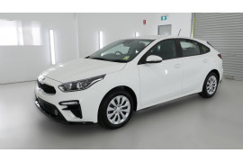 2021 MY20 Kia Cerato BD S with Safety Pack Hatchback Image 3