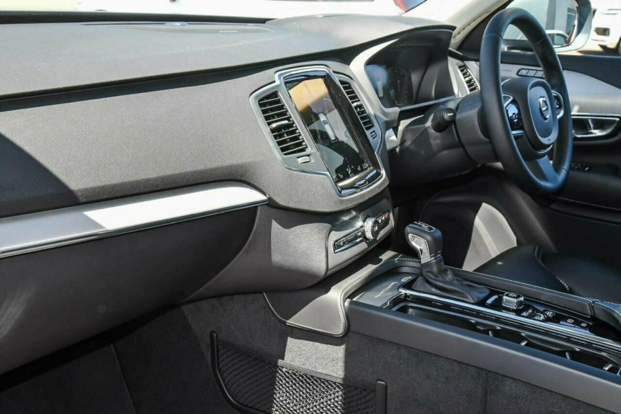 2019 MY20 Volvo XC90 L Series T6 Momentum Suv Image 9