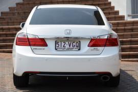 2014 Honda Accord 9th Gen VTI-S Sedan Image 4