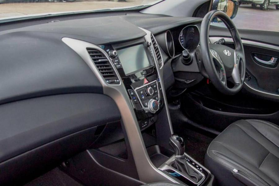 2015 Hyundai i30 GD4 Series 2 Active X Hatchback Image 8