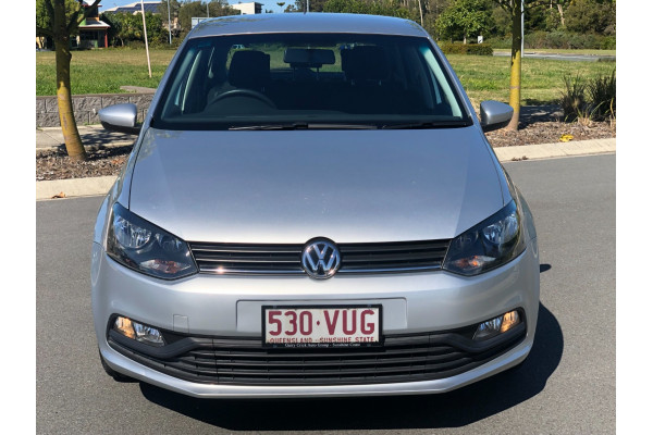 2015 Volkswagen Polo Hatchback Image 4