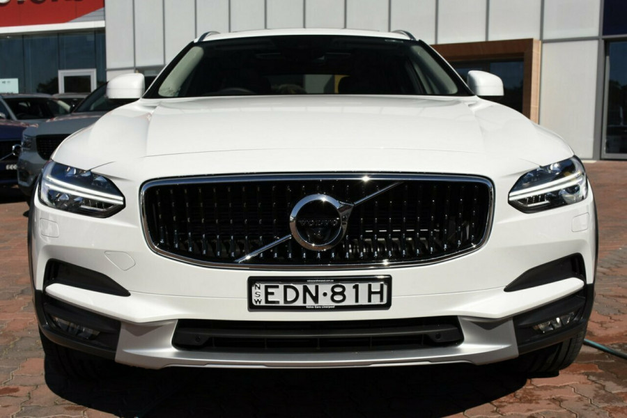 2019 Volvo V90 Cross Country D5 Suv Mobile Image 17