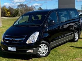 2014 MY15 Hyundai Imax TQ-W MY15 Wagon Image 5