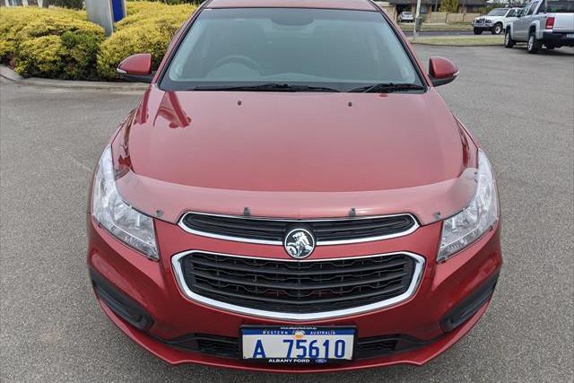 2015 Holden Cruze JH Series II  Equipe Sedan Image 2