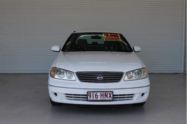 2003 Nissan Pulsar N16 S2 MY2003 ST Hatchback Image 3