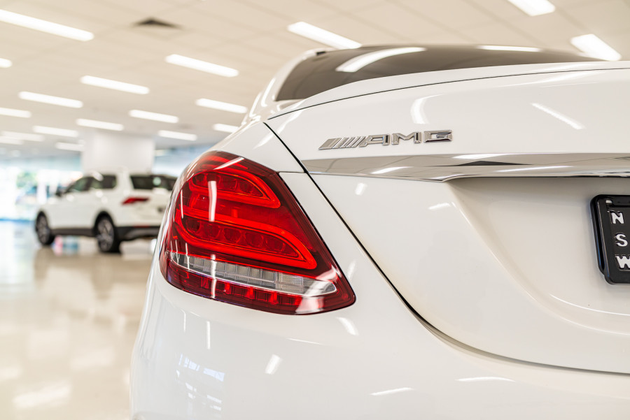 2016 MY07 Mercedes-Benz C-class W205  C63 AMG S Sedan Image 16