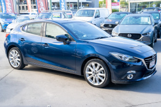 2013 Mazda 3 Hatchback Image 3