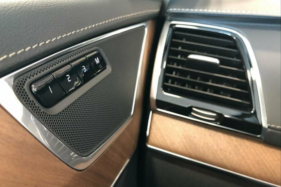 2019 Volvo XC90 L Series T6 Inscription (AWD) Suv Mobile Image 13