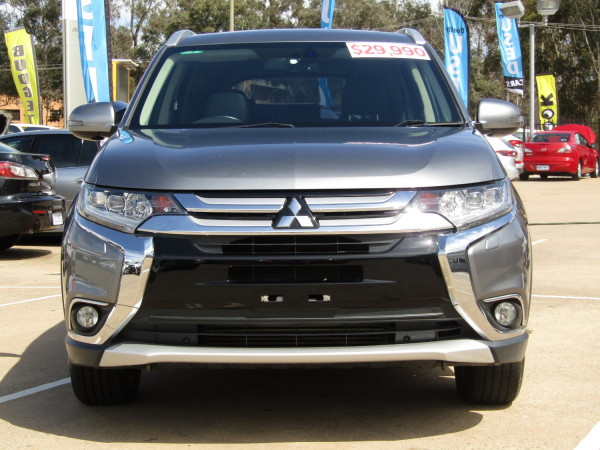2016 Mitsubishi Outlander ZK  Exceed Suv