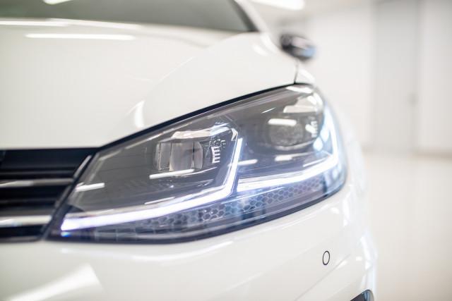 2017 MY18 Volkswagen Golf 7.5 R Grid Edition Hatch Image 8