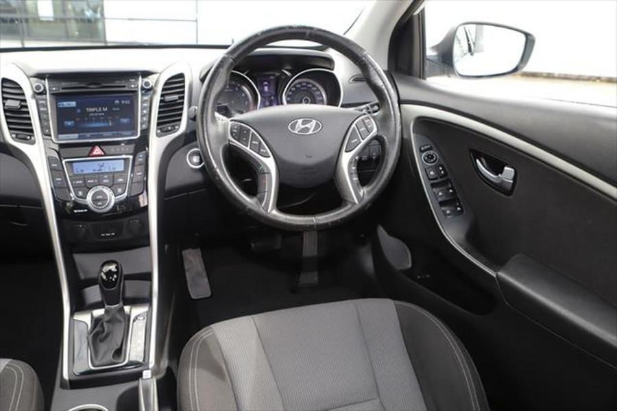 2012 Hyundai I30 GD Elite Hatchback Image 11
