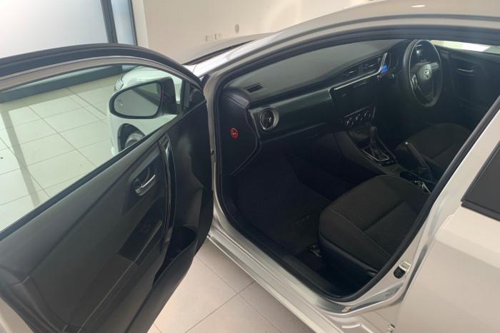 2017 Toyota Corolla ZRE182R Ascent Hatchback Image 6