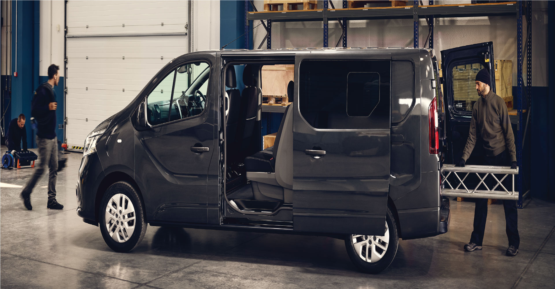 RENAULT | MASTER + TRAFIC VANS IN STOCK AND READY TO WORK