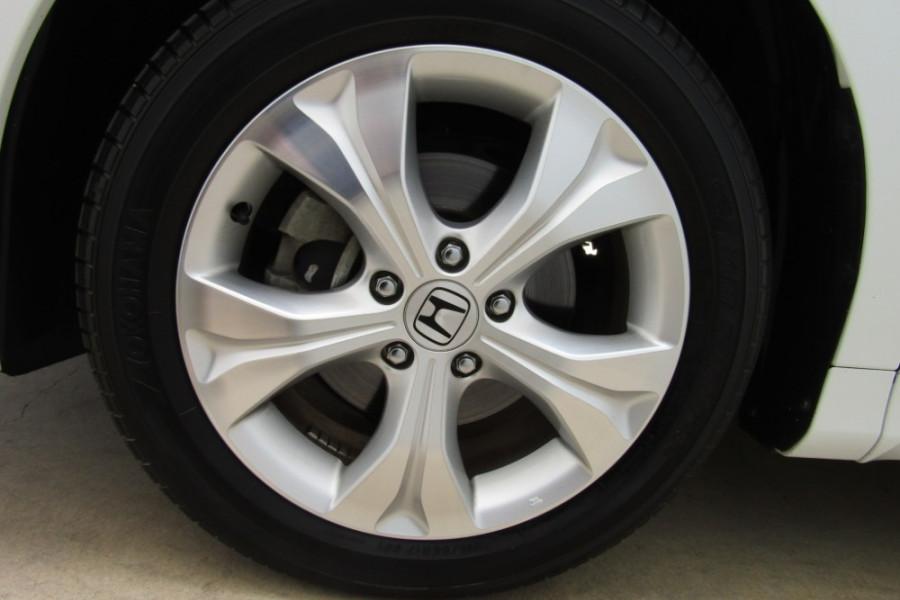 2016 Honda Odyssey 5th Gen VTi Wagon Image 10