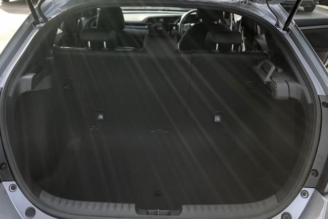 2020 Honda Civic Hatch 10th Gen VTi Hatchback Image 4