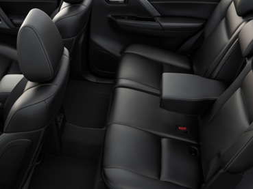 Heated power front seats Image