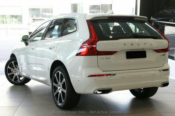 2020 Volvo XC60 UZ D4 Inscription Suv Image 3