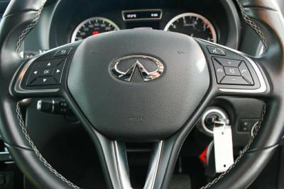 2016 Infiniti QX30 H15 GT D-CT AWD Suv
