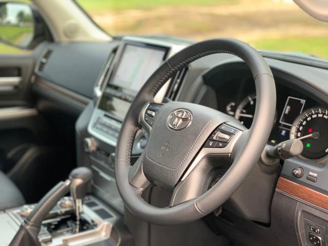 2021 Toyota Landcruiser VDJ200R VX Suv Image 15