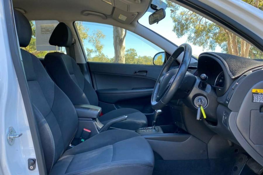 2012 MY11 Hyundai i30 FD MY11 Trophy Hatchback Image 11