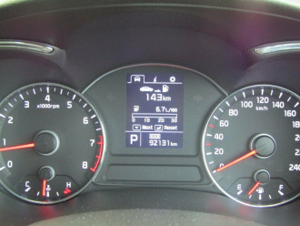2015 Kia Cerato YD S Premium Hatchback image 10