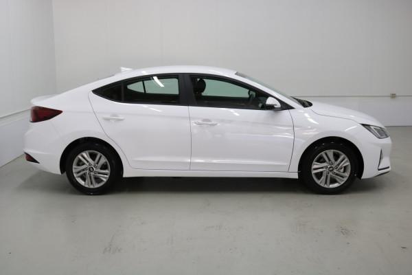 2020 Hyundai Elantra AD.2 Active Sedan Image 2