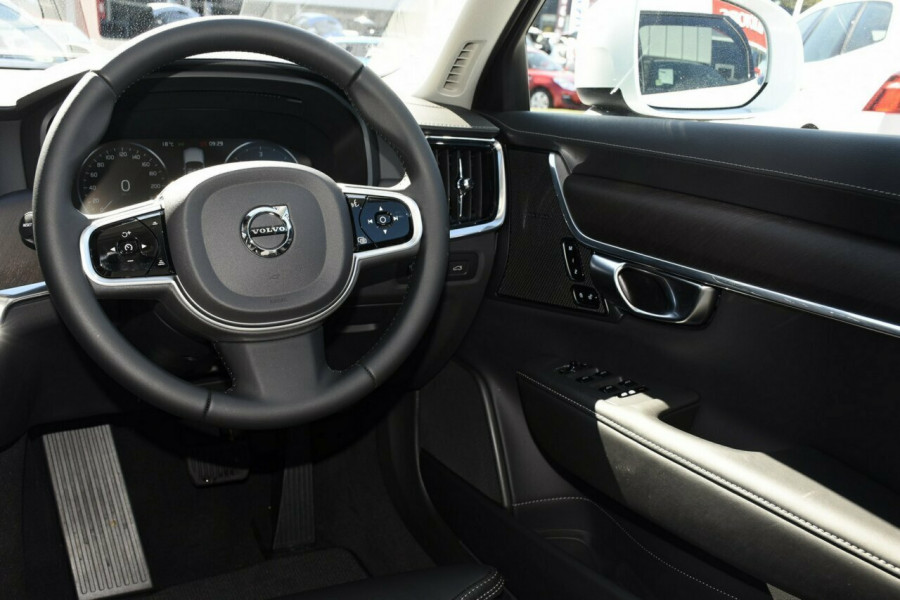 2019 Volvo V90 Cross Country D5 Suv Mobile Image 7
