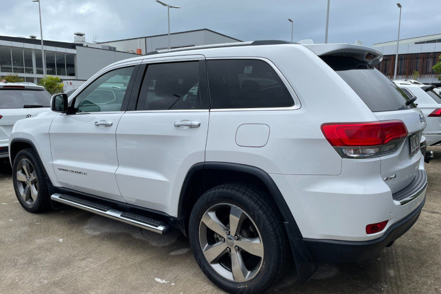 2015 Jeep Grand Cherokee Limited Image 3