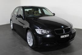 BMW 320i Executive E90