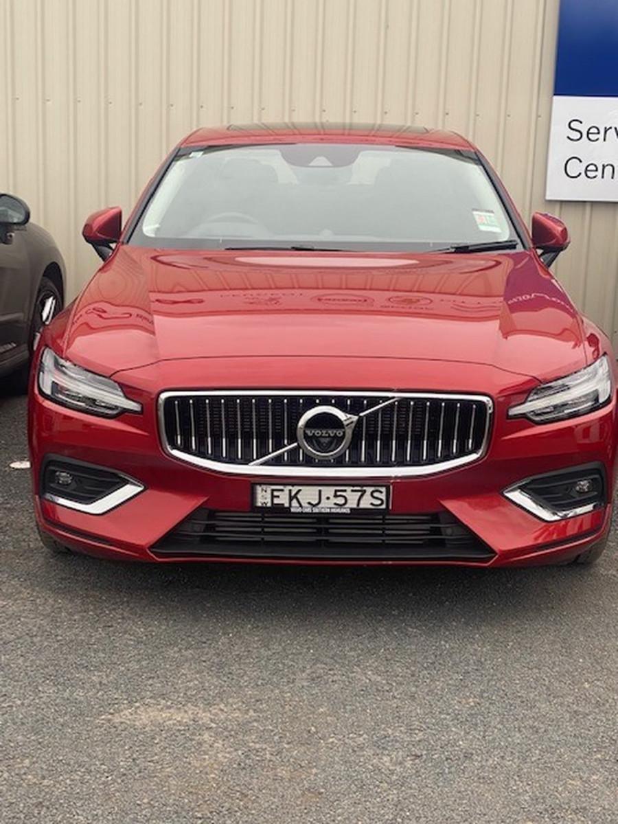 2020 Volvo S60 Z Series T5 Inscription Sedan Image 1