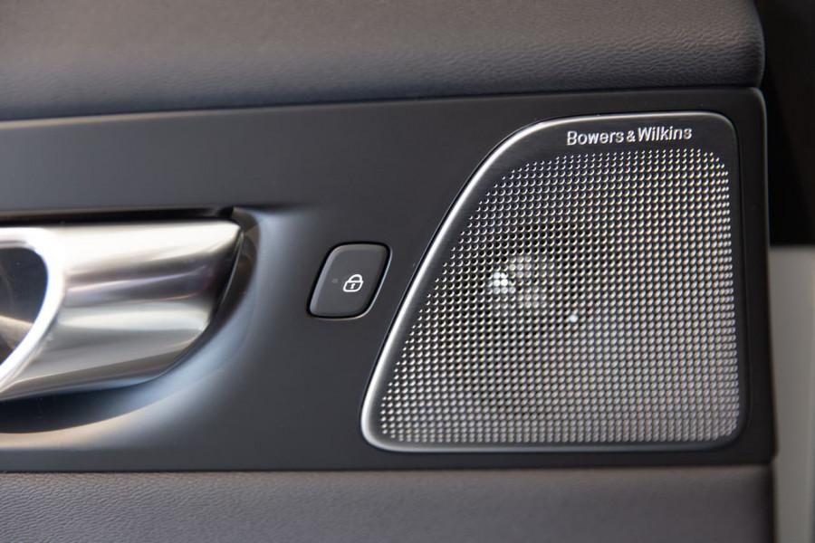 2020 MY21 Volvo XC60 UZ T6 R-Design Suv Image 19