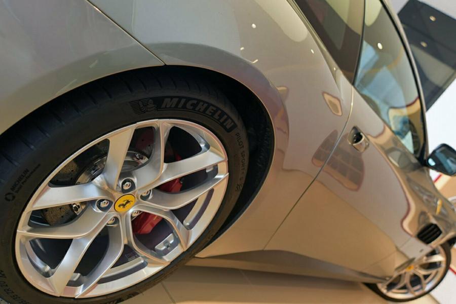 2017 Ferrari Gtc4lusso F151 T Hatchback Mobile Image 17
