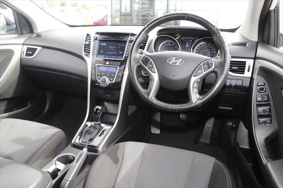 2012 Hyundai I30 GD Elite Hatchback Image 10