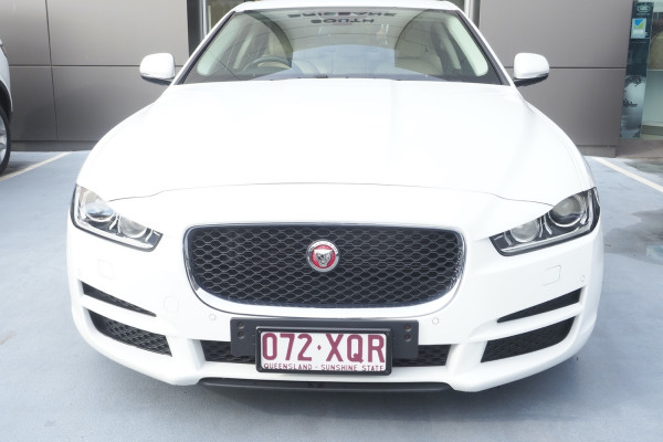 2015 MY16 Jaguar Xe X760 MY16 20t Sedan Image 3