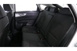 2021 MY1  Kia Cerato BD S with Safety Pack Hatchback Image 4