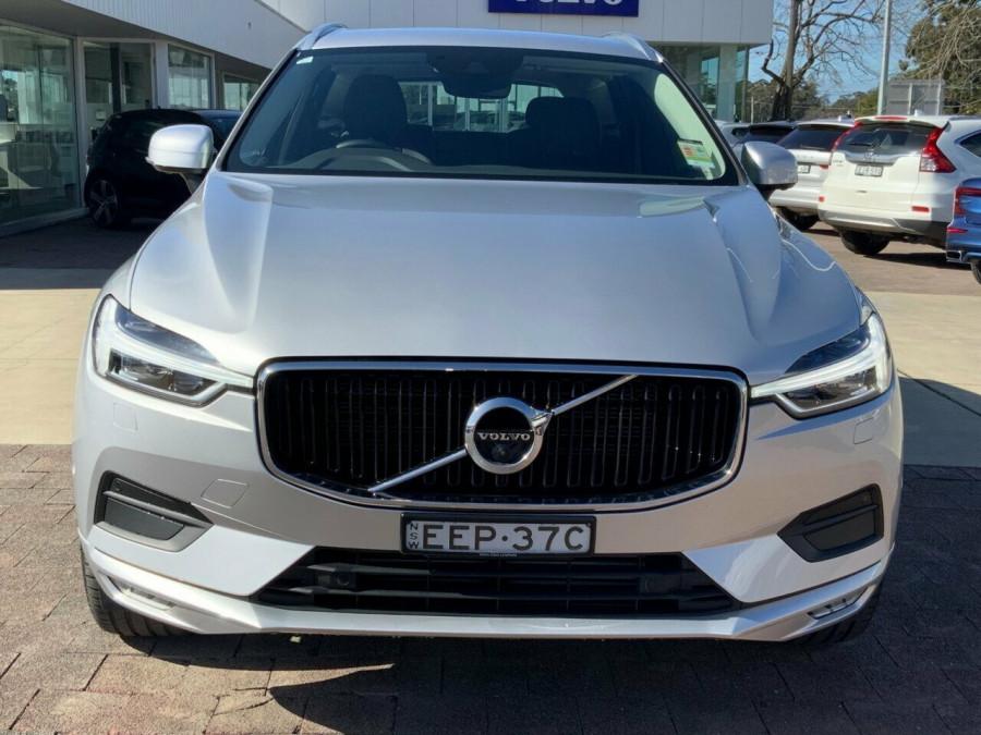 2019 MY20 Volvo XC60 246 MY20 D4 Momentum (AWD) Suv Image 2