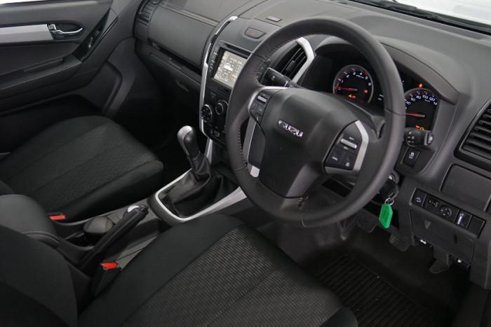 2019 Isuzu UTE D-MAX LS-M Crew Cab Ute 4x4 Utility Image 15