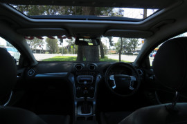 2011 Ford Mondeo MC Titanium TDCi Hatchback image 17