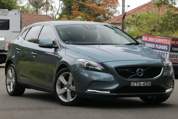 2013 MY14 Volvo V40 M MY14 D4 Luxury Hatchback