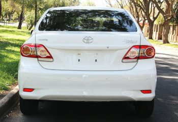 2013 Toyota Corolla ZRE152R Ascent Sedan