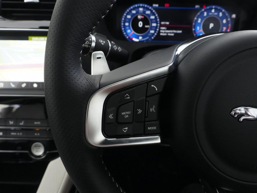 2020 Jaguar F-pace Suv Image 20