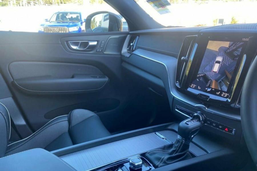 2020 MY21 Volvo XC60 UZ T6 R-Design Suv Image 12