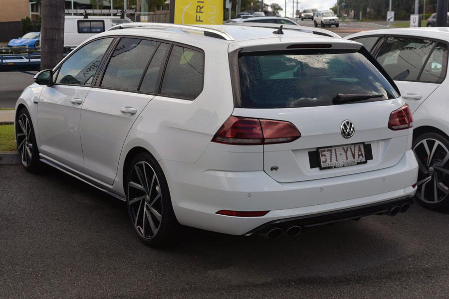 2018 Volkswagen Golf Wagon 7.5 R Wagon Mobile Image 4