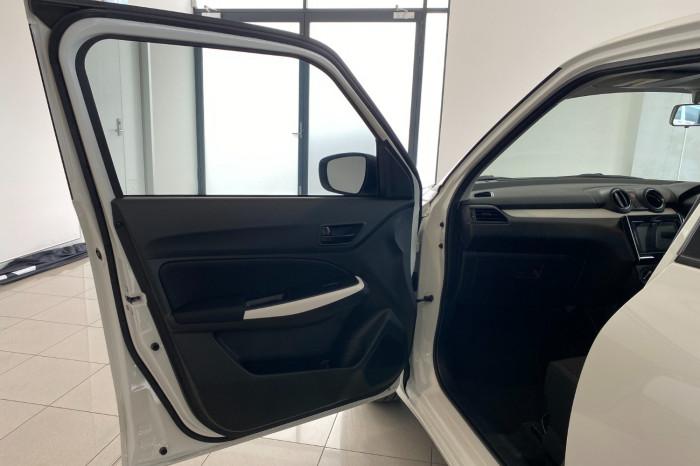 2019 Suzuki Swift AZ GL Navigator Hatchback Image 15
