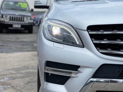 2013 Mercedes-Benz M-class W166 ML350 BlueTEC Wagon Image 4