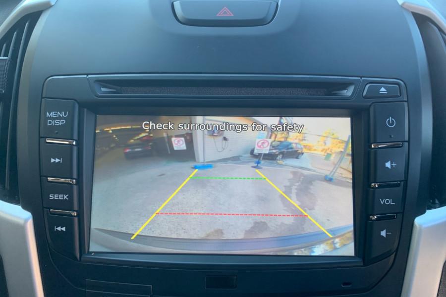 2017 Isuzu UTE D-MAX 4x4 LS-M Crew Cab Ute Dual cab Image 17
